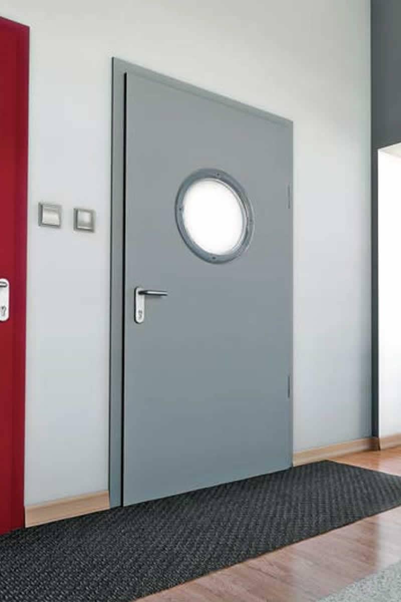 strug graf garagentore z une und t ren beste qualit t. Black Bedroom Furniture Sets. Home Design Ideas