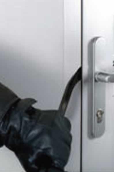Die Tür Wird Gemäß Den Neuesten Europäischen Normen Getestet, Wodurch Wir  Den Anwendern Besten Schutz Gewährleisten Können.